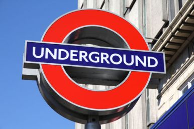 london-underground-sign-17436-p